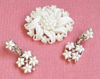 Vintage Celluloid Flower Brooch, Carved Celluloid, Sculptural Jewelry, White Earrings, Floral Earrings, Flower Jewelry Set