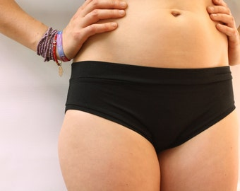 ready to ship / basic panties / super soft bamboo jersey / by replicca / black / size small