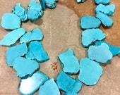 Big bold chunky bright turquoise howlite statement necklace