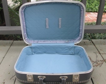 Vintage  Overnighter Suitcase - Gray With Blue Lining