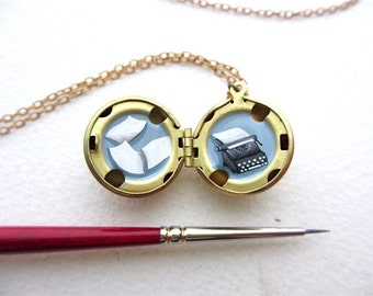 Personalized Painted Locket Necklace for Long Distance Love, Add Your Message