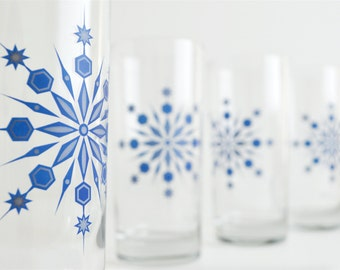 Snowflake Drinking Glasses - Set of 2 Hanukkah Holiday Glasses, Blue and Silver Snowflake Glasses, Holiday Glassware, Hanukkah Glasses, Bar
