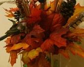 Autumn Centerpiece Glass Vase Bird Perched on a Leaf