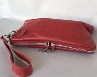 leather wristlet clutch in red