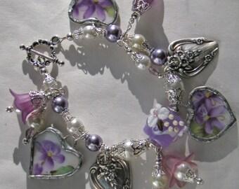 Broken China Bracelet - Bracelet - Handmade Bracelet - Charm Bracelet - Vintage China Bracelet - Heart Charm Bracelet