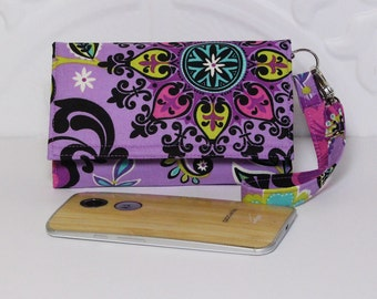 iPhone Wristlet Wallet, Cell Phone Wallet Wristlet, Fits Most Smartphones, iPhone 6s Plus, Samsung Galaxy, Nexus / Purple Pinwheel Floral
