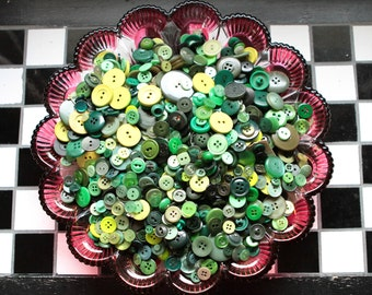 Buttons - Supplies - 100 Green Buttons, Green Vintage Button Lot, craft buttons, bulk buttons