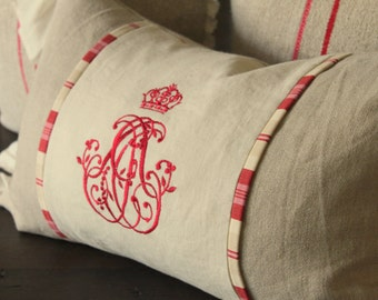 Pillow with Embroidery