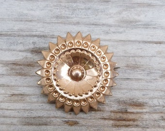 Vintage Antique Star Sun round brooch