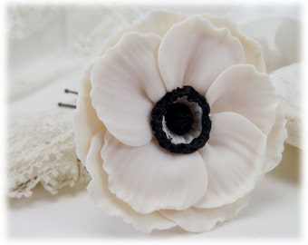 White Anemone Flower Hair Pin - Anemone Hair Clip, Anemone Flower Wedding Hair Pin, Anemone Bridal Hair Pin, White Anemone for Hair