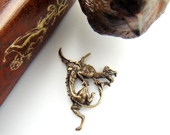 ANTIQUE BRASS Flying Dragon Stamping ~ Jewelry Findings (C-1208)
