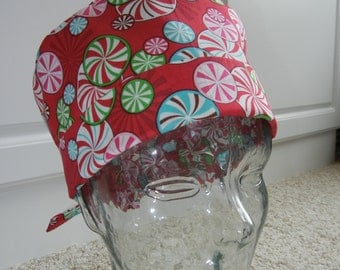 Tie Back Surgical Scrub Hat with Christmas Pinwheel Candy Red