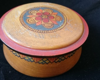 Vintage Art Deco Round Wooden Powder Jewelry or Trinket Box Hand Painted with Pyography 1920's - 1930's