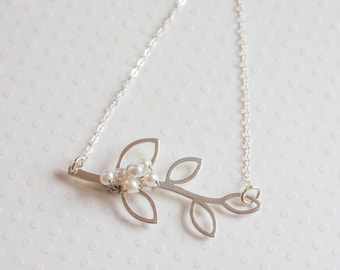 Silver Leaf necklace Sterling  Leaf And Pearl Necklace Bridal Leaf Motif Jewelry