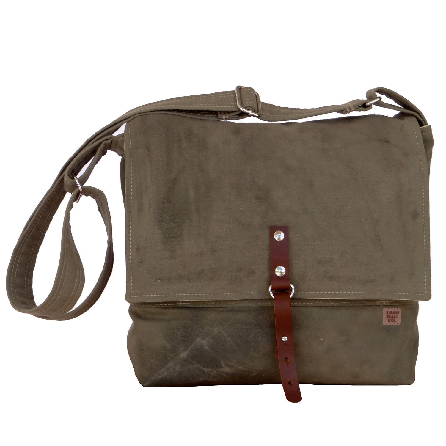 The Tanner Goods waxed canvas range covers a host of carry scenarios with styles including backpacks, totes, duffels, bike bags, boot bags and dopp kits. From the Wilderness Rucksack to the Everyday Tote, these attractive and hard-wearing haulers have travel, outdoor adventuring and day-to-day carry needs well in hand.