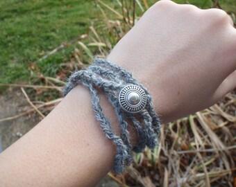 Wrap Bracelet / Necklace - Handspun Yarn - Grey / Blue Alpaca, Merino, Firestar