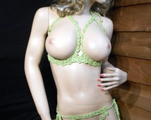 Extreme bikini strings Open cup bra and crotchless thong set Fresco Green one size Go commando