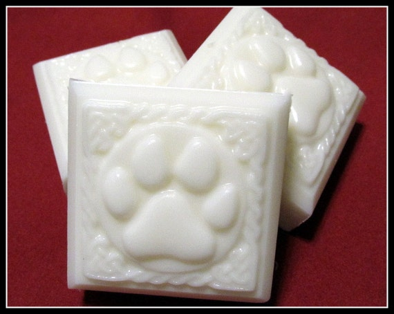 Dog  Shampoo Puppy Powder (Handmade, moisturizing, Powder scent, lots of lather, gift idea) Stardust soaps