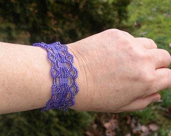 Handmade Lacy Seed Bead Bracelet - Dark periwinkle n cobalt blue