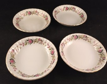 Set of 4 Vintage Creative Rose Fine China Japan Berry Bowls with Swirl Design
