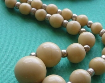 50% OFF SALE Beige or Tan Vintage West Germany Full Strand of Beads - VGB24