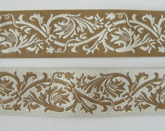 2 yards REVERSIBLE CLASSIC SCROLLS Jacquard trim in ivory and beige. 7/8 inch wide. 984-f