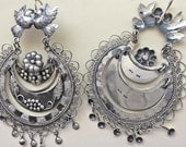 Lovebirds with large ondita with flowers leaves and small silver drops, SALE