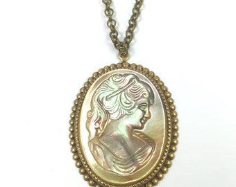 Vintage Hand Carved Mother of Pearl Cameo Necklace