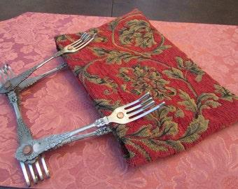 VINTAGE - Tapestry Handbag
