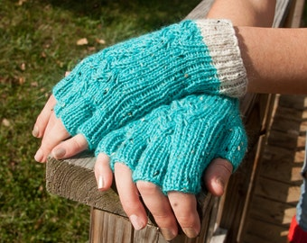 Turquoise Multi Twist Cabled Fingered Gloves