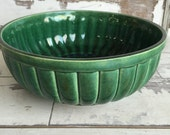 Vintage California Pottery Bowl  Green Ribbed 8 inches - Veggie Bowl