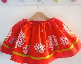 Fresh, floral skirt