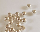 100 Silver Spacer Beads 4mm Round Plated Brass - 100 pc - M7058-S100