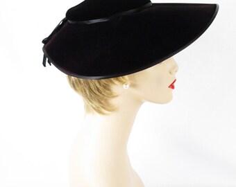 1950s Black Velvet Platter Hat by Pinehurst Sz 22