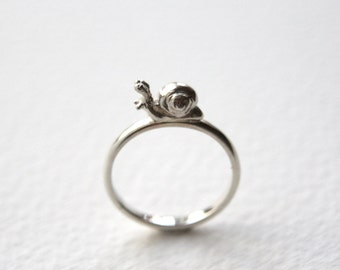 Snail Ring, Handmade in Sterling Silver, Precious Silver ring, Made in Brighton, UK