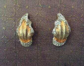 Exotic Tropical Vintage Jomaz Gold Tone and Rhinestone Clip-On Earrings