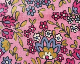 NOW ON SALE vintage fabric yardage - Berry Floral - pretty floral cotton - over 2 yards - 36x88 inches