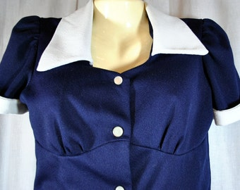 Women's Vintage 2 piece Polyester Jacket and Pants Set Navy and White Size 9 - 10