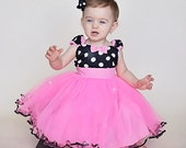 MINNIE MOUSE birthday outfit Minnie Mouse dress TUTU   Minnie Mouse Party Dress  in Hot pink  with black Polka Dots 1st Birthday party