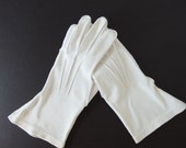 Vintage Dress Gloves - Soft White Cotton Day Gloves by Barbara Lee