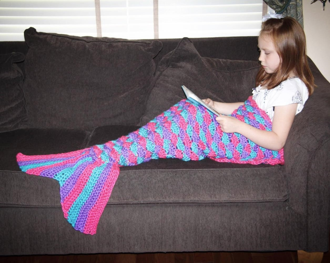 Free Knitting Pattern For Child s Mermaid Blanket : Mermaid Tail Lapghan Blanket Crochet Pattern in ALL SIZES