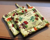Handmade Quilted Pot Holders Set of 2  Autumn Fall Yellow Sunflowers Acorns Pumpkins Oak Leaves Apples