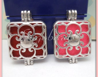 2 Silver Square Lockets, Art Deco Lockets, with Scent pads, PS198