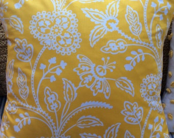 BOHO Down 20x20 Pillow /French CoTTaGe /Yellow and White/Decorative Pillow/Throw Pillow/Shabby Chic/Beach Cottage