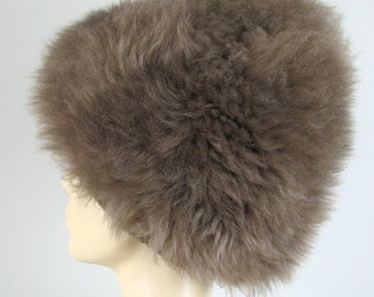 Vintage 60s Taupe Sheepskin Fur Hat Beehive Style by Colin OS