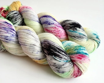 SPOOKY - Hand Dyed Yarn - Sparkle Sock Yarn Fingering - Ready to Ship - Vivid Yarn Studio