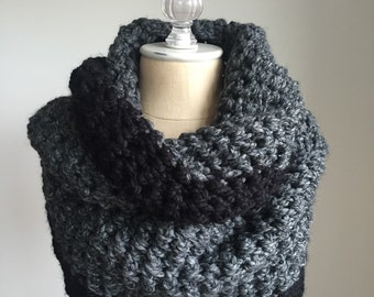 Chunky Knit Infinify Scarf / Circle Scarf / Loop Scarf / ~ Colorblock Black with Charcoal ~ No. 1010