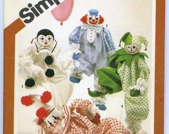 Simplicity 5259 Pattern and Transfers for Decorative Craft Clowns, 1981