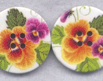 Pansy Flower Buttons Decorated Wooden Buttons  30mm (1 1/4 inch) Set of 4 /BT374