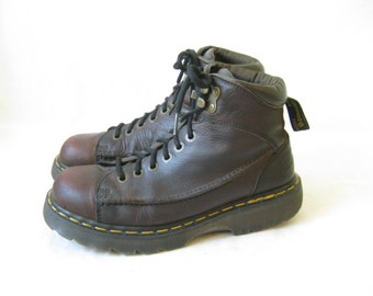 Vintage  DOC MARTEN Made in England Lace Up Boots. Size 8 UK// Size 9 Men's U.S.